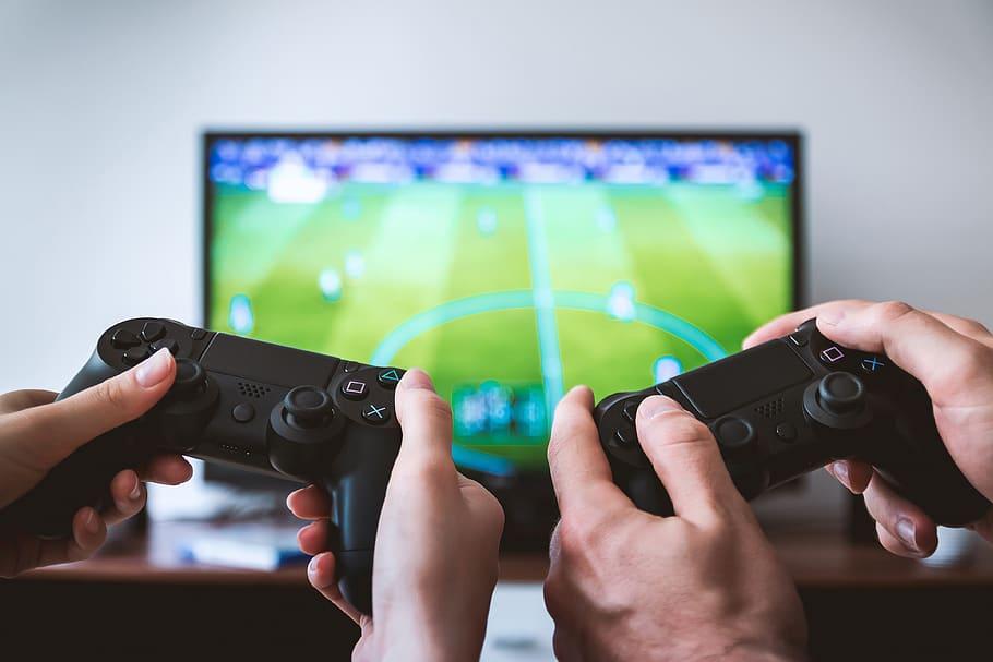 VIDEOJUEGOS, PELÍCULAS Y SERIES PARA CELEBRAR EL DÍA DEL GAMER