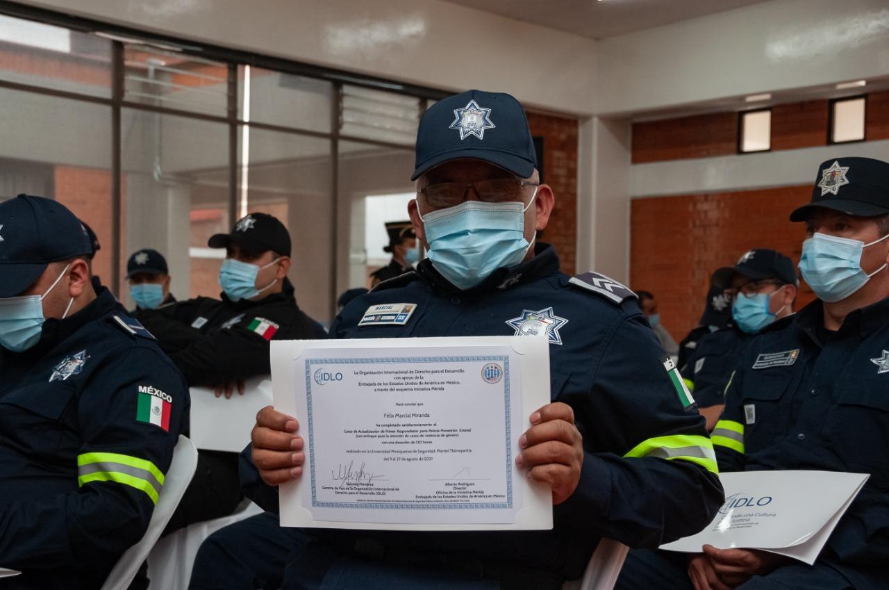 MÁS DE 600 POLICÍAS DEL EDOMÉX CONCLUYEN CURSO DE VIOLENCIA DE GÉNERO