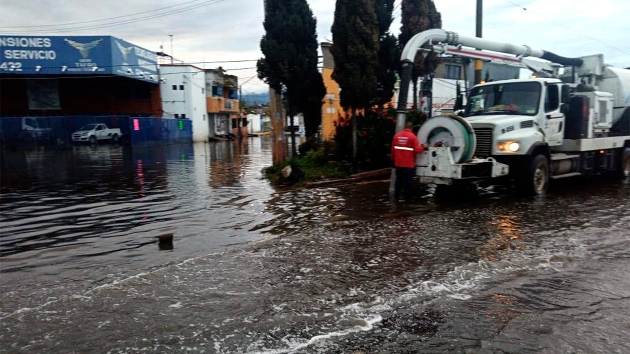 ATIENDE CAEM CONTINGENCIAS POR LLUVIA EN CHALCO Y EL VALLE DE TOLUCA