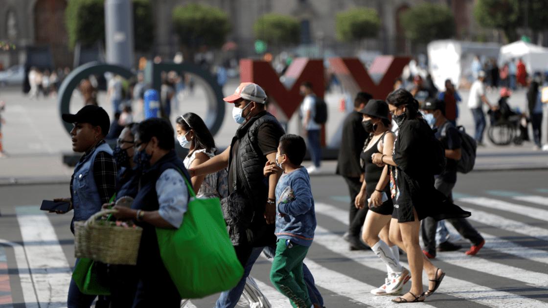 MÉXICO SUMA CUATRO SEMANAS CON REDUCCIÓN DE CASOS DE COVID-19