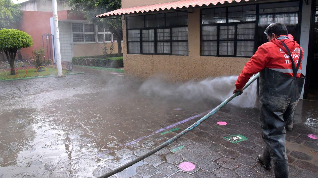 AVANZA LIMPIEZA Y DESINFECCIÓN DE ZONAS AFECTADAS POR LAS LLUVIAS EN ECATEPEC