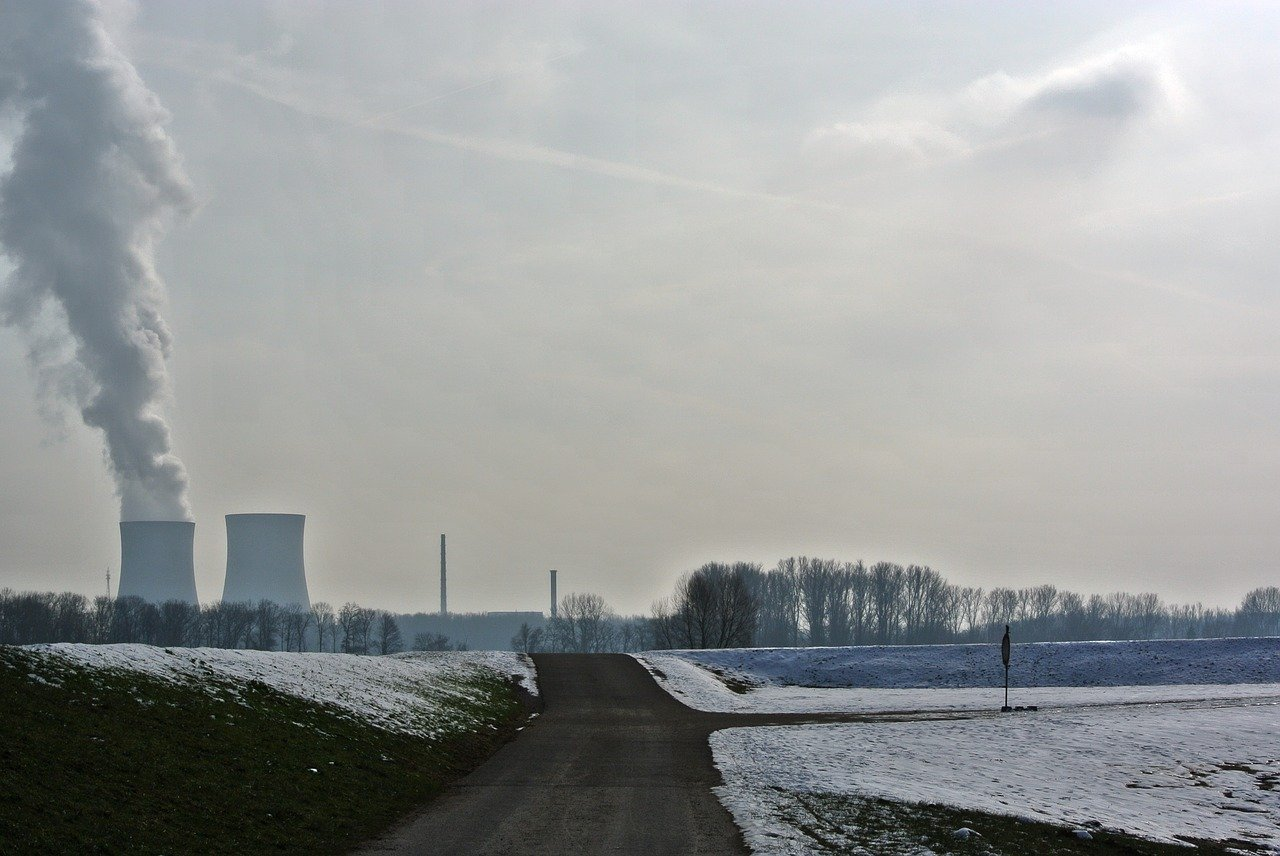 UNA GUERRA NUCLEAR MUNDIAL DEVASTARÍA LA CAPA DE OZONO: ESTUDIO