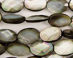 Black Shell Faceted Flat Oval 14x10mm