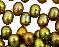 Iris Green Dancing Drop 7.5-8x10-11mm