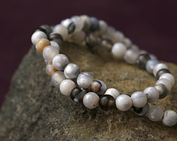 White & Black Agate Round 6mm