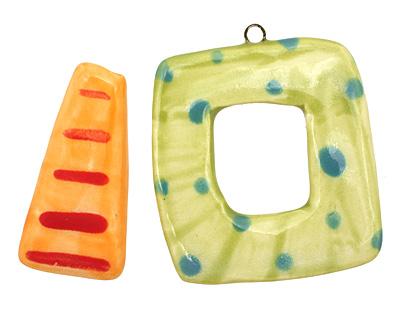 Jangles Ceramic Lime Dots Toggle Clasp 38-40x45-46mm, 38mm bar