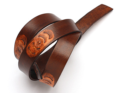 Fudge Bloomed Leather Strap 36