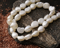 Pearly White Freshwater Flat-Sided Potato Pearl 9-10mm