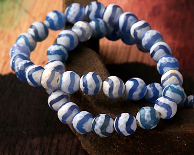Tibetan (Dzi) Agate Blue Wave Faceted Round 8mm