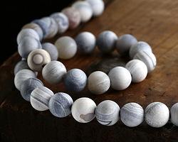 White & Blue Agate (matte) Round 10mm