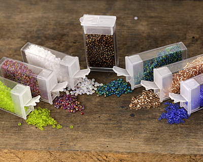 Matte Rainbow Teal Round 11/0 Seed Bead