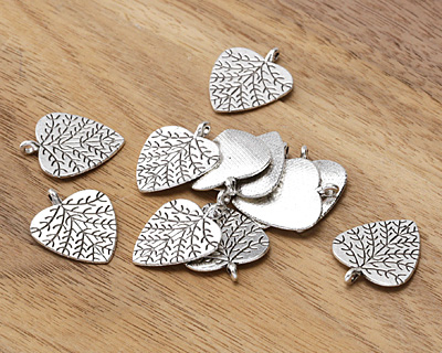 Antique Silver (plated) Cottonwood Leaf 19.5x23.5mm