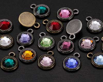 TierraCast Antique Pewter (plated) Beaded Bezel Charm w/ Light Siam Ruby Crystal 10x14mm