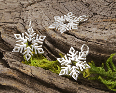 Nina Designs Sterling Silver Openwork Snowflake Charm 14x19mm