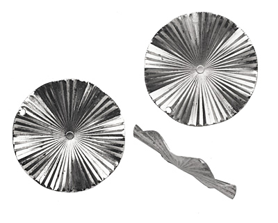 Stampt Antique Pewter (plated) Ruffled Disk 44mm