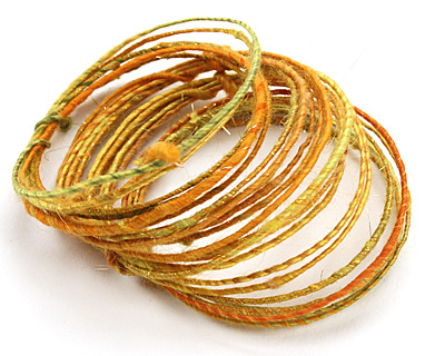 Saffron WoolyWire 24 gauge, 3 feet