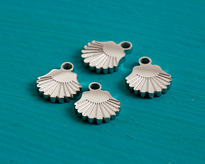 Stainless Steel Tiny Scallop Shell Charm 6x7mm