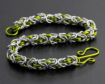 Weave Got Maille Peridot/Bright Aluminum Byzantine Bracelet Kit