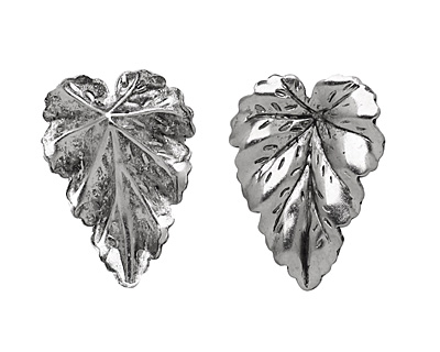 Stampt Antique Pewter (plated) Leaf 16x22mm (no drill hole)
