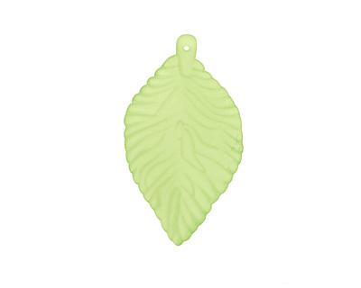 Lucite Apple Green Ivy Leaf 30x53mm