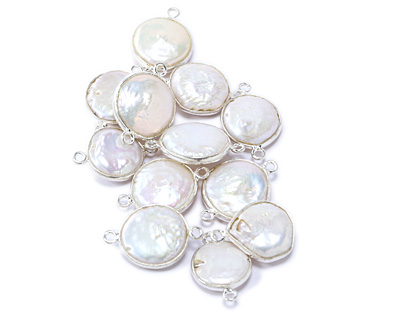 Freshwater Pearl Coin Link in Sterling Silver 20-22x13-15mm