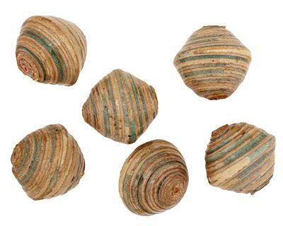 African Paper (beige, green) Bicone 24-25x26-27mm