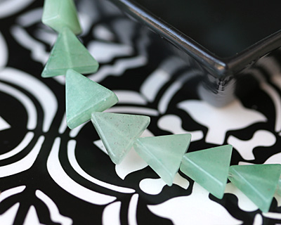 Green Aventurine Triangle 11-12x13mm
