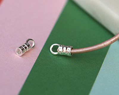 Silver (plated) Crimp Cord End 2.5mm