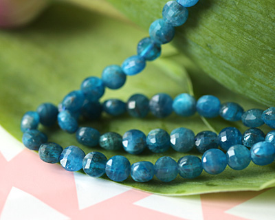 Pacific Blue Apatite (A) Faceted Puff Coin 6mm