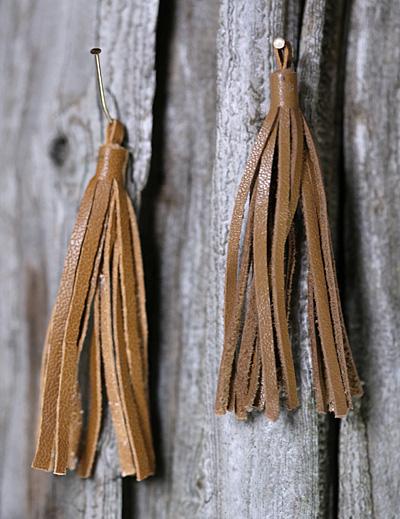 Saddle Small Nappa Leather Tassel