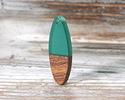 Walnut Wood & Emerald Resin Oval Focal 10x28mm