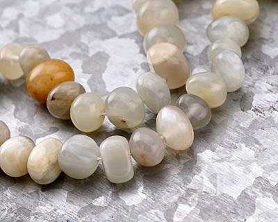 Moonstone (rainbow) Pebble 7-9x10-13mm