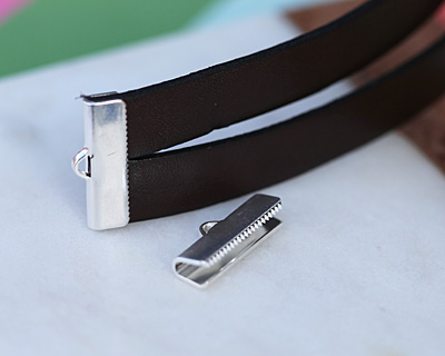 Silver (plated) Smooth Ribbon Crimp End 20mm