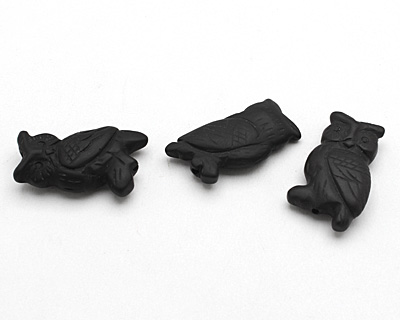 Black Onyx (matte) Carved Owl 32-35x18-20mm