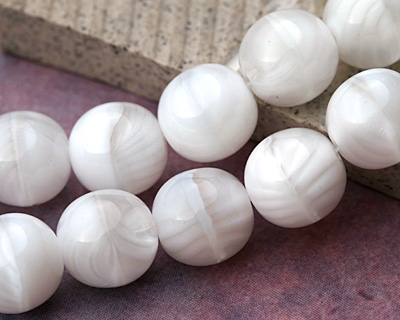 Czech Glass Marbled Arctic White Round Druk 13mm