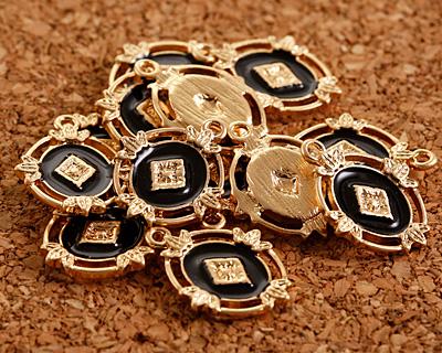 Zola Elements Jet Enamel Matte Gold Finish Ornate Framed Oval Focal 15x20mm