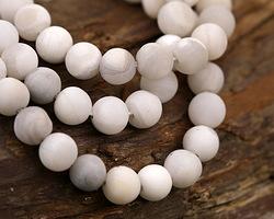 White Lace Agate (matte) Round 6-6.5mm