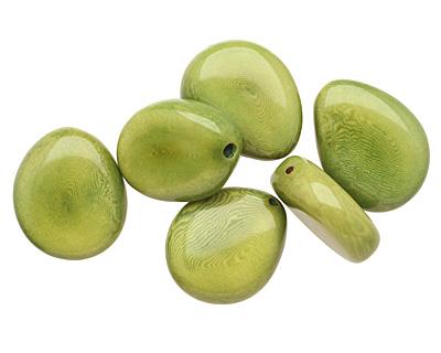 Tagua Nut Apple Flat Pebble 35-45x28-37mm