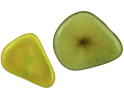 Tagua Nut Apple Banana Chip 22-29x16-22mm