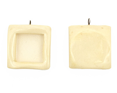 Jangles Ceramic Eggshell Square Bezel 28-29x31-32mm