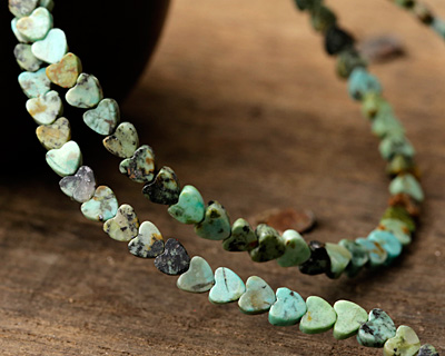 African Turquoise Heart 4mm