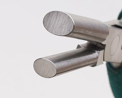 Wubbers Large Oval Mandrel Pliers