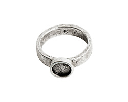 Nunn Design Antique Silver (plated) Hammered Itsy Circle Ring Size 6