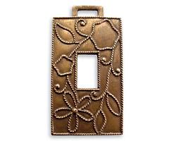 Vintaj Natural Brass Rustic Daisy Window 19x36mm