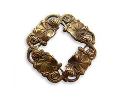 Vintaj Natural Brass Waterlily Toggle Ring 26mm