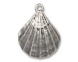 TierraCast Antique Silver (plated) Scalloped Shell Pendant 23x30mm