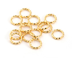 Gold (plated) Twisted Jump Ring 8mm