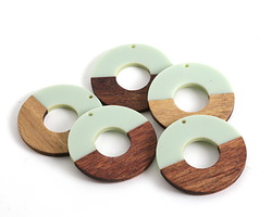 Walnut Wood & Sweet Mint Resin Donut Focal 45mm