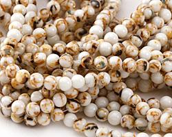 White Mosaic Shell Round 4mm