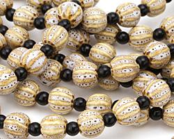 Birch w/ Speckles Porcelain Corrugated Round 11mm